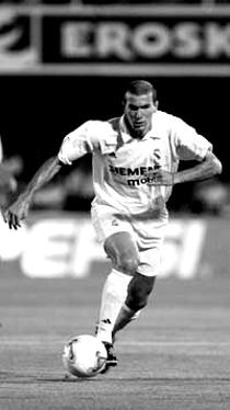 20060702021337-zidane.jpg