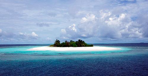 20110830113135-isla-desierta.jpg