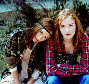 20061002105717-grunge.jpg